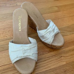 Restricted Cream Wedges - Size 7
